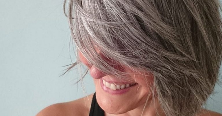 Sandrine's Sexy Gray Hair Transition